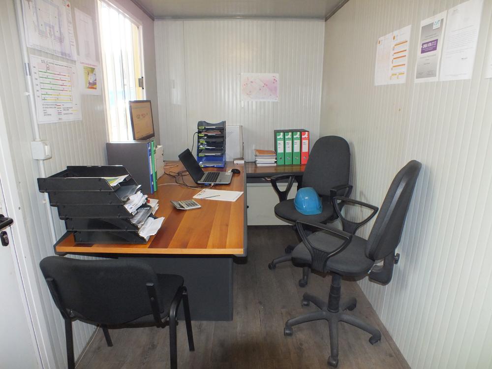 Box ufficio da cantiere box prefabbricati prezzi container for Arredo box